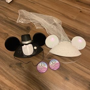 Mickey and Minnie Mouse wedding Disney ears